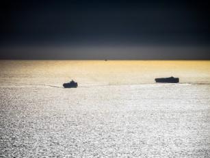 Ships on the Sun